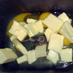 3 ouă, 75 g unt (gras)